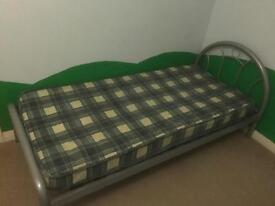 Single bed with mattress, good condition