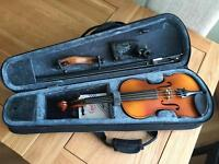 Primavera Violin 3/4 size + case + rest + tuner + roisin