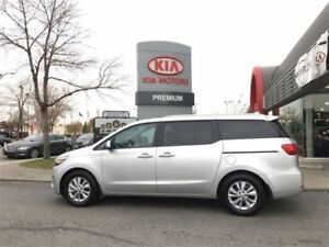 2017 Kia Sedona LX     Accident Free
