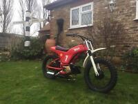 UNIQUE MEDIUM sized children's motorcycle scrambler dirt trails pit bike 50cc