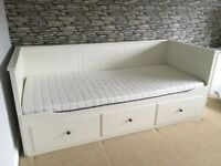IKEA HEMNES WHITE DAY BED WITH 2 MATTRESSES **FREE DELIVERY**
