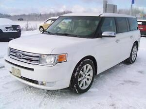 2011 Ford Flex Limited! 7 Passenger! Leather! Heated Seats! V6!