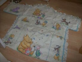 WINNIE THE POOH COT BED DUVET AND BUMPER SET (BEDDING ONLY)