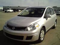 2012 Nissan Versa HATCH A/C A VENIR