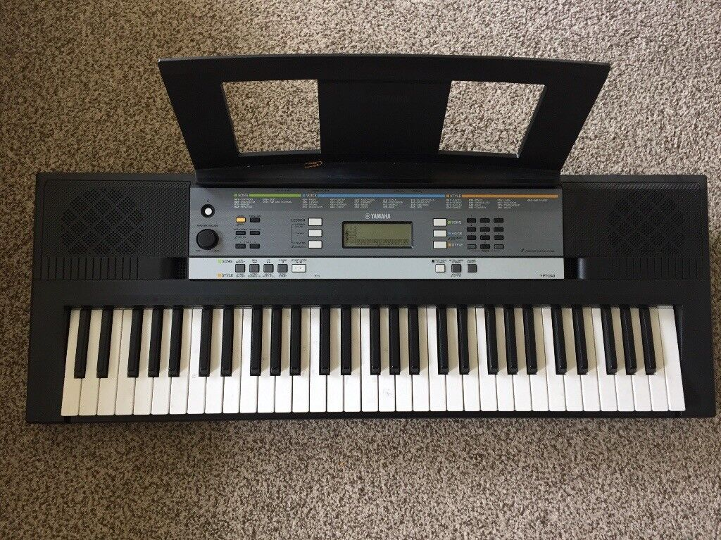 yamaha ypt 240 full size keyboard with adapter and music. Black Bedroom Furniture Sets. Home Design Ideas