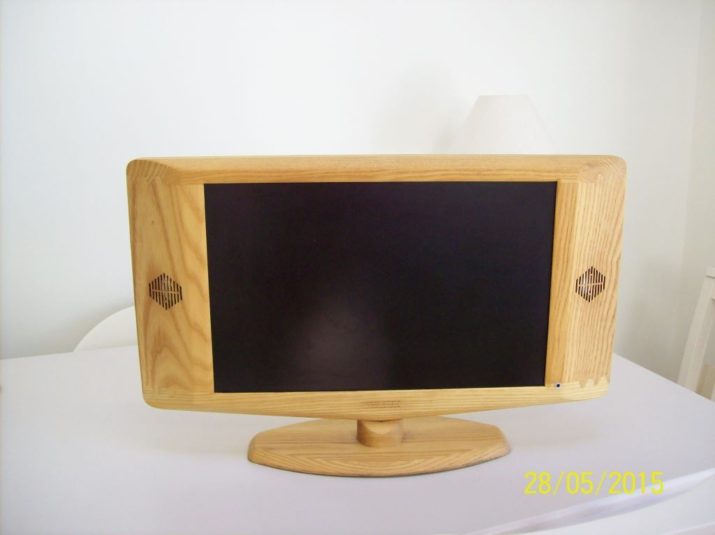 SWEDX wooden frame TV in Southampton Hampshire Gumtree : 86 from www.gumtree.com size 1024 x 767 jpeg 43kB