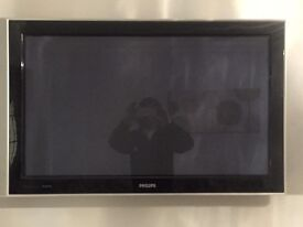 Phillips 42inch LCD HD with freeview 1080p