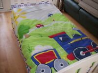 CHOO CHOO TRAIN COT BED /TODDLER BED DUVET AND PILLOW CASE