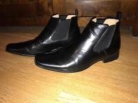 T& W size 10, Men's shoes