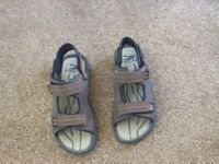 KILIMAN TREK MENS BROWN WALKING SANDALS SZ 8 EXC CONDITION WORN X 2