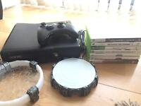 Xbox 360 Slim 4gb with games