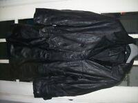 ladies leather coat size 14 [kit]
