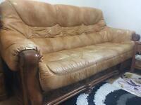 Leather Sofa Suite and rea oak Table