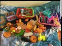 Play food and accessories