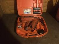 2 paslode nail guns/job lot