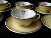 Vintage pretty French coffee cups/saucers