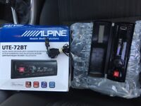 Alpine USB car stereo with mic & bluetooth