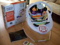 BOXED MAMAS AND PAPAS APOLLO MAGIC STRIPE VIBRATING AND MUSICAL BABY BOUNCER IN SUPERB CONDITION