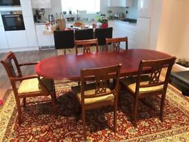 Extendable mahogany wood dining table with 5 chairs