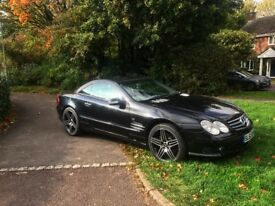 Pristine Condition Mercedes SL500 AMG - 5L V8 AMG Engine
