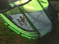 14m Naish Helix kitesurfing kite