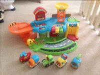 VTech Toot Toot garage with 5 vehicles