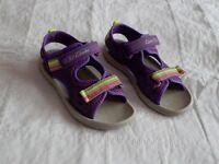 Clark's Girls Doodle Sandals - Size 11