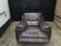 Leather rocking chair / recliner •free delivery•