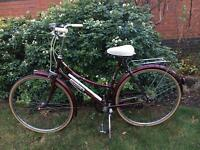 Lovely vintage ladies Dutch town bike
