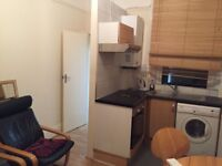 Lovely Studio Flat For Rent at West Hampstead ( West end Lane ) , NW6