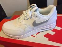 Size 5 Nike trainers