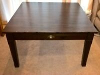 Large coffee table with 2 internal drawers