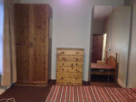 One double bed room in Leyton