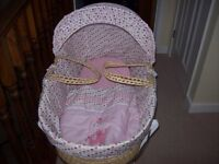 LOVELY LITTLE GIRL MOSES BASKET AND STAND