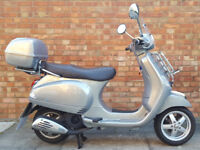 Vespa LX 125cc (13 REG) Silver, Superb condition, only 2665 miles, Lots of ex...