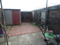 Studio to rent with Private Garden in CR4 - DSS WELCOME!