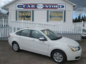 2009 Ford Focus SE 5 SPD GAS SAVER!! AIR CONDITIONING!! CRUISE!!