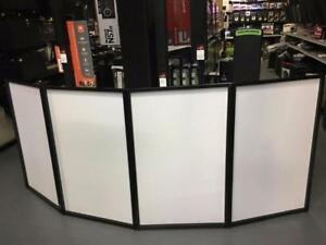 DJ BOOTH FACADE -4 PANELS - WHITE AND BLACK SCRIM + GIG BAG - ONLY 520$
