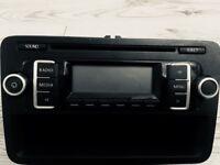 Volkswagen RCD210 CD Player