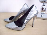 Women's Pewter/Silver Stiletto Court Shoes Size 5 NEW other