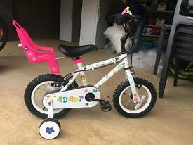 Stunning girls bike age 3-6 barely used includes dolls seat and bell