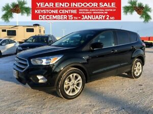 2017 Ford Escape SE 4WD *Backup Camera* *911 Assist* *Heated Clo