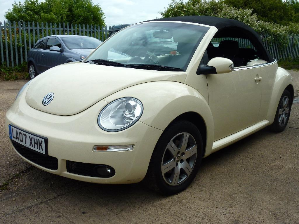 volkswagen beetle  shape luna convertible cream electric hood alloys fsh  months tax