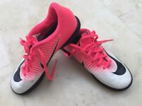 Nike Mercurial Astro trainers size 5.5