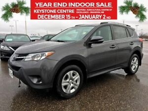 2014 Toyota RAV4 LE AWD *Backup Camera* *Heated Cloth* *Locking