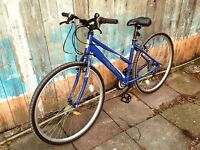 """17"""" APOLLO EXCELLE HYBRID BICYCLE AND ACCESSORIES BUNDLE FOR SALE"""