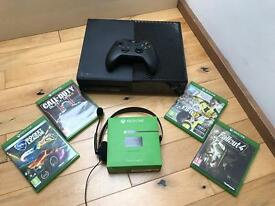 XBox One 1TB Console, One controller, 4 games, Xbox headset and XBox One Play And Charge kit