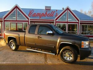 2010 Chevrolet Silverado 1500 EXTENDED CAB 4X4 ON FLOOR AIR CRUI