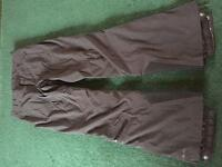 Women's black ski pants - xs - like new - used for one holiday.