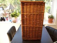 Wicker Square Basket With Lid